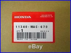 1990-2001 Honda CR500R 2-Stroke Right Side Crankcase Cover 11340-MAC-670 OEM